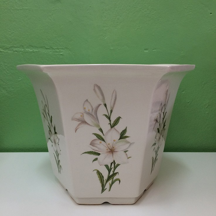 Royal Winton Planter (Lily) $35.00 by FLORAL/FOLIAGE PLANTERS